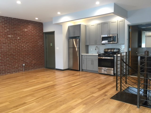 1 Apartment in Ridgewood