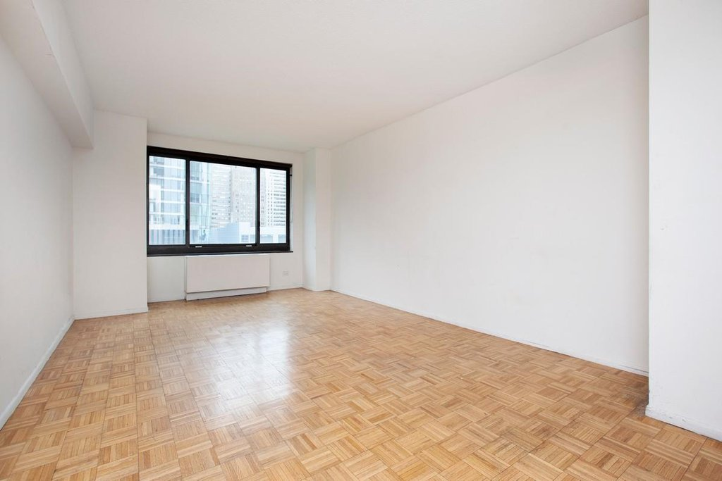 Studio Condo in Battery Park City