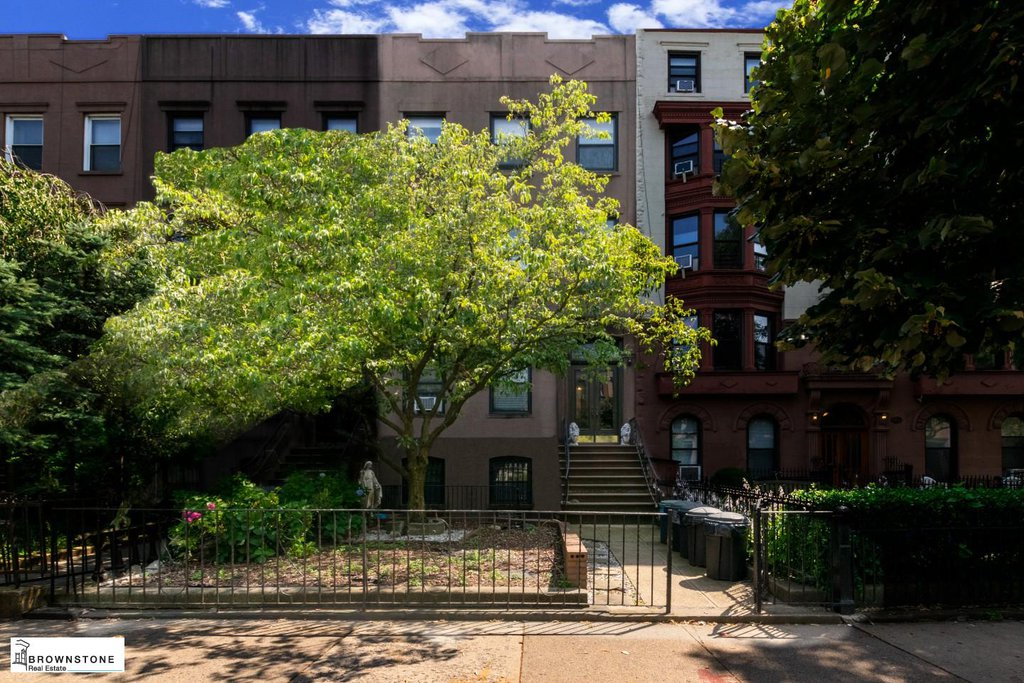 4 Townhouse in Carroll Gardens