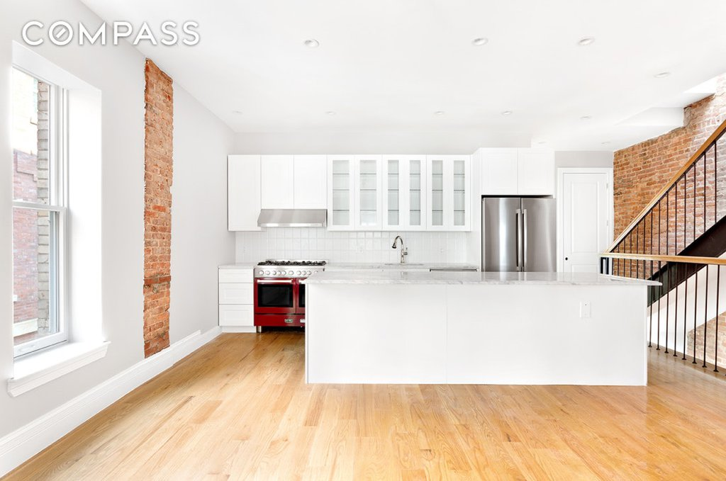 3 Townhouse in Crown Heights