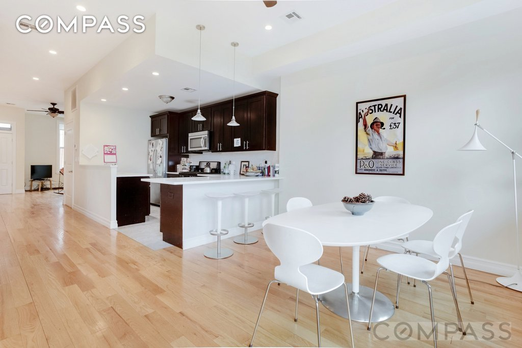 4 Apartment in Carroll Gardens