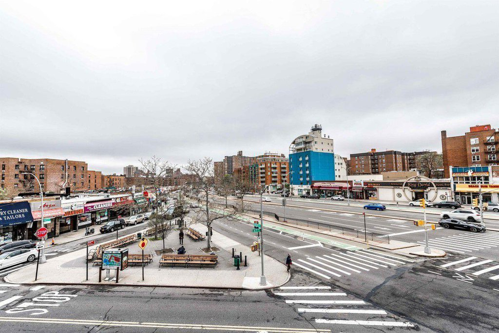 100 25 Queens Boulevard 3n Forest Hills Ny 11375