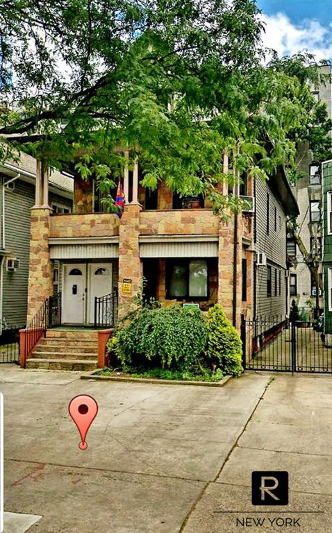 10 Townhouse in Midwood