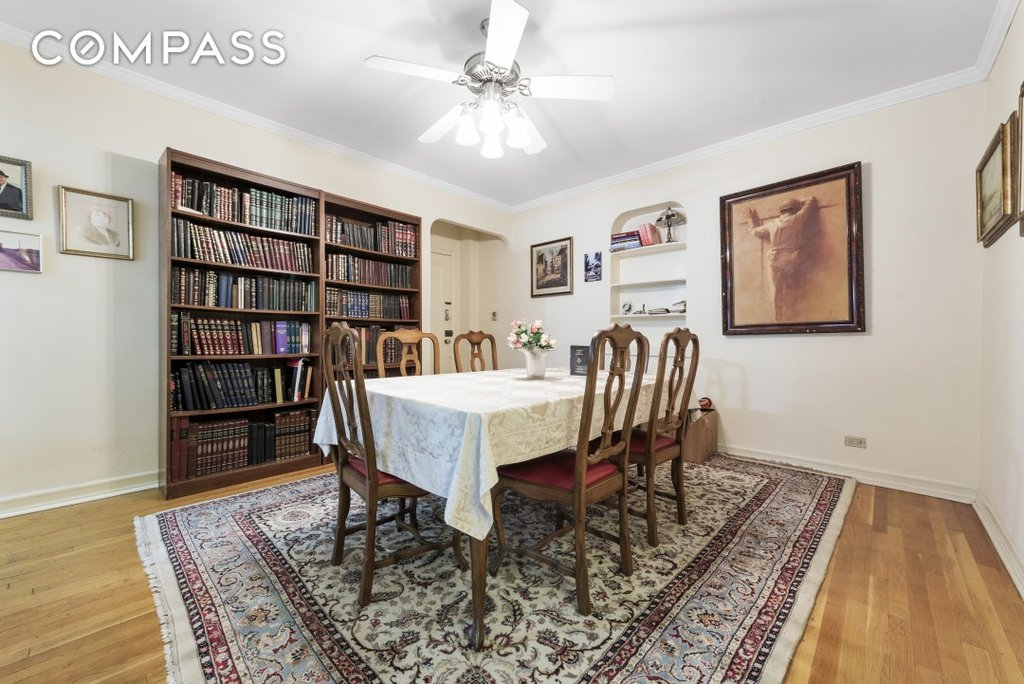 2 Coop in Midwood