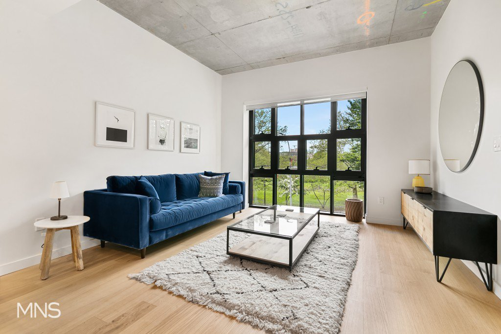 2 Apartment in Greenpoint