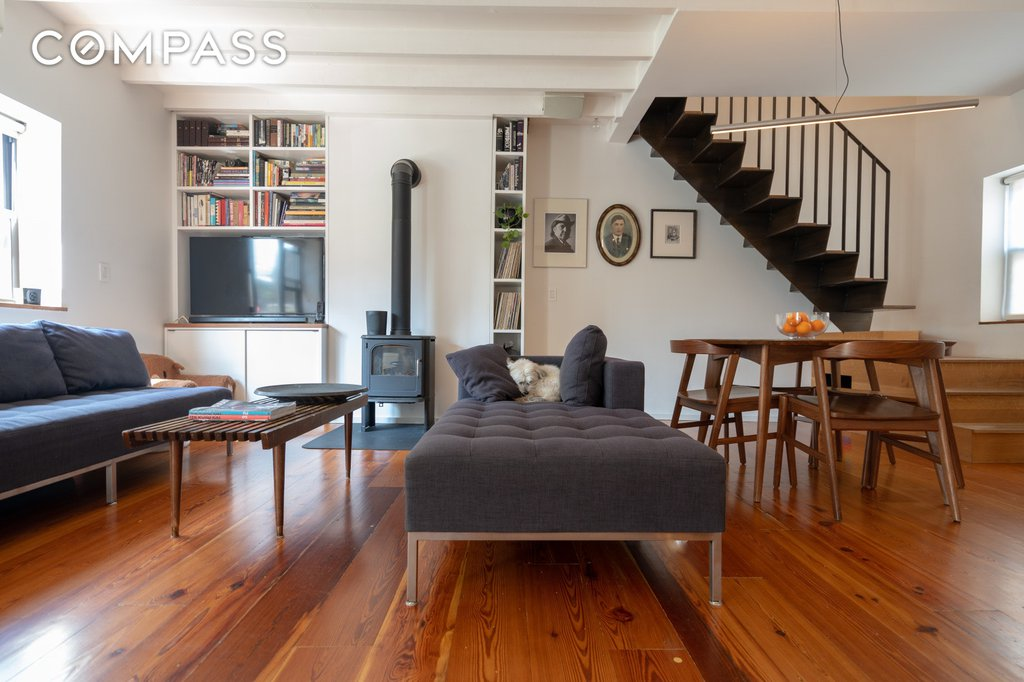 3 Townhouse in Red Hook