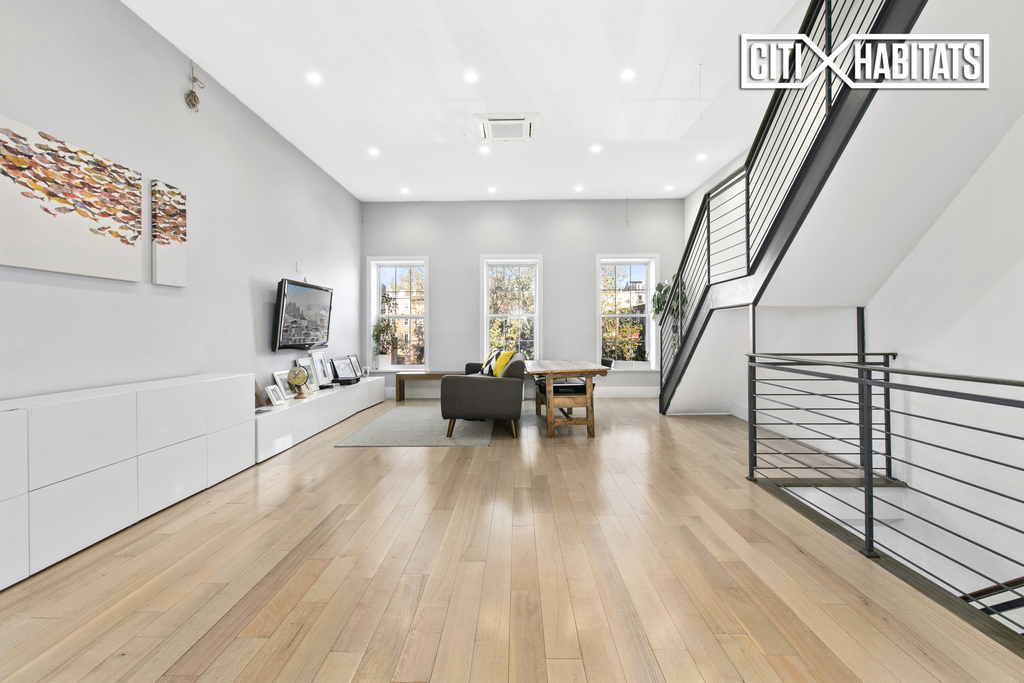 Studio Townhouse in Carroll Gardens