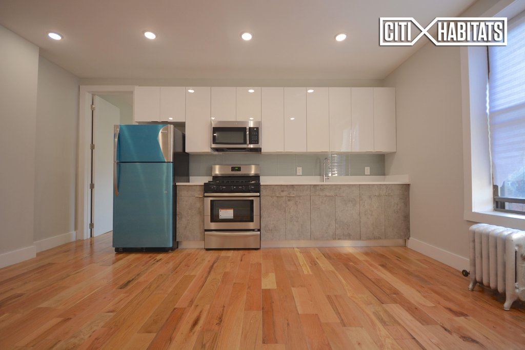 2 Apartment in Ditmas Park