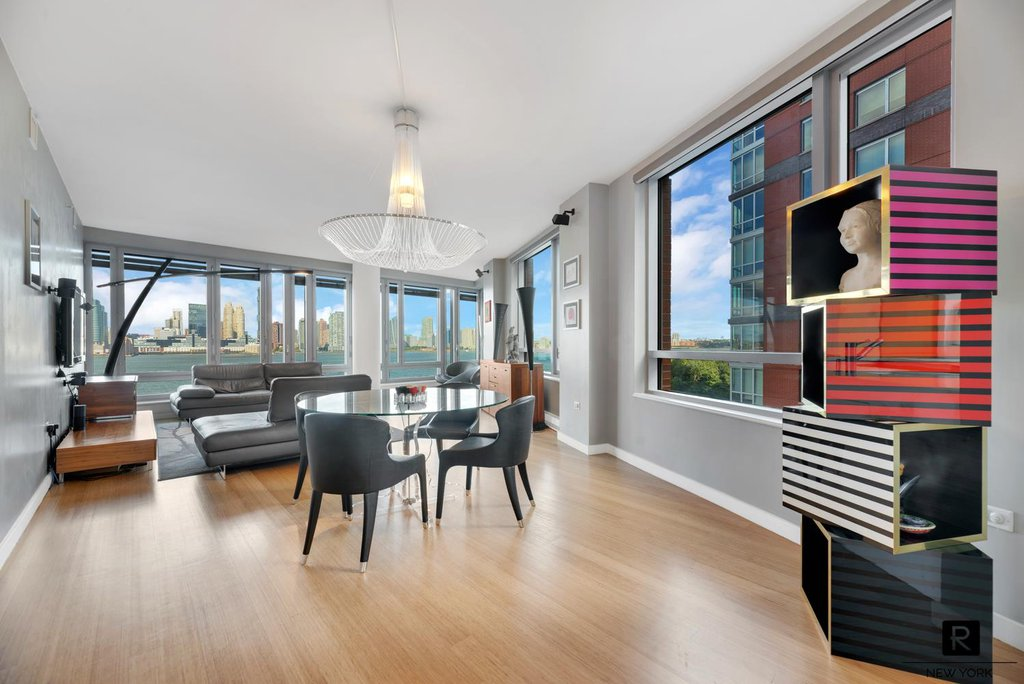 4 Condo in Battery Park City