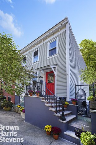 2 Townhouse in Windsor Terrace