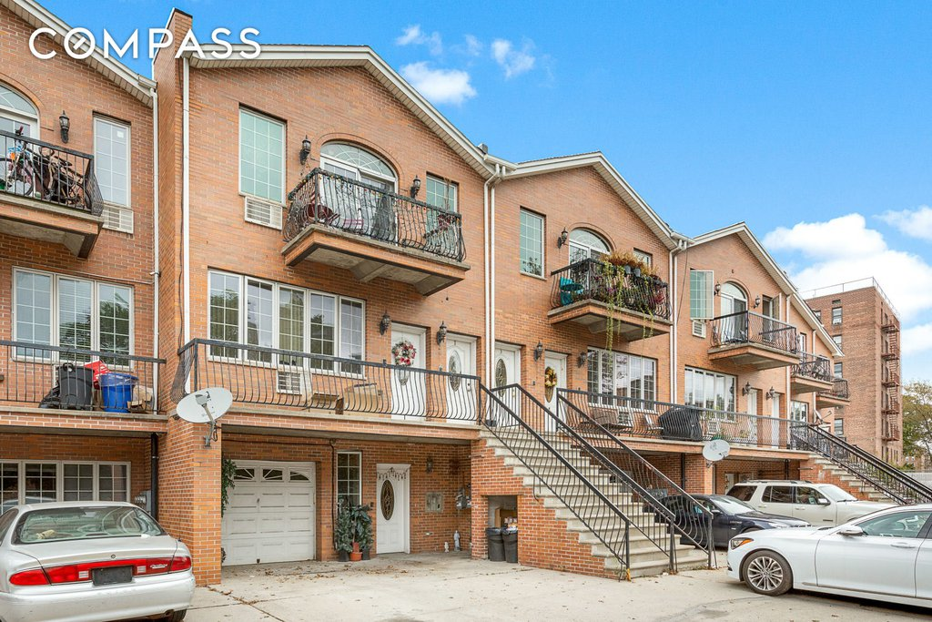 9 Townhouse in Gravesend