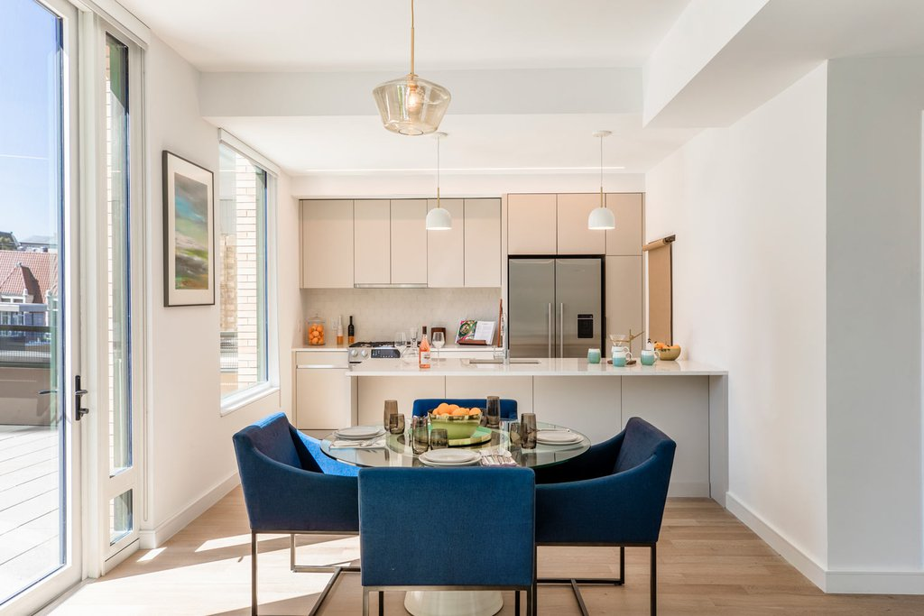 3 Apartment in Brooklyn Heights
