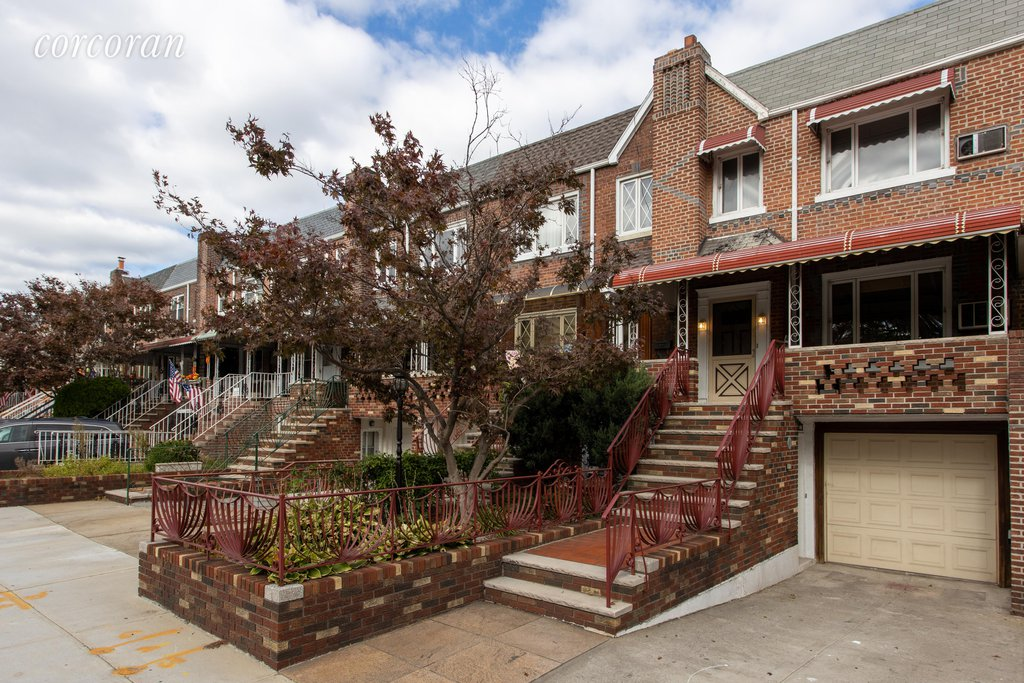 4 Townhouse in Dyker Heights