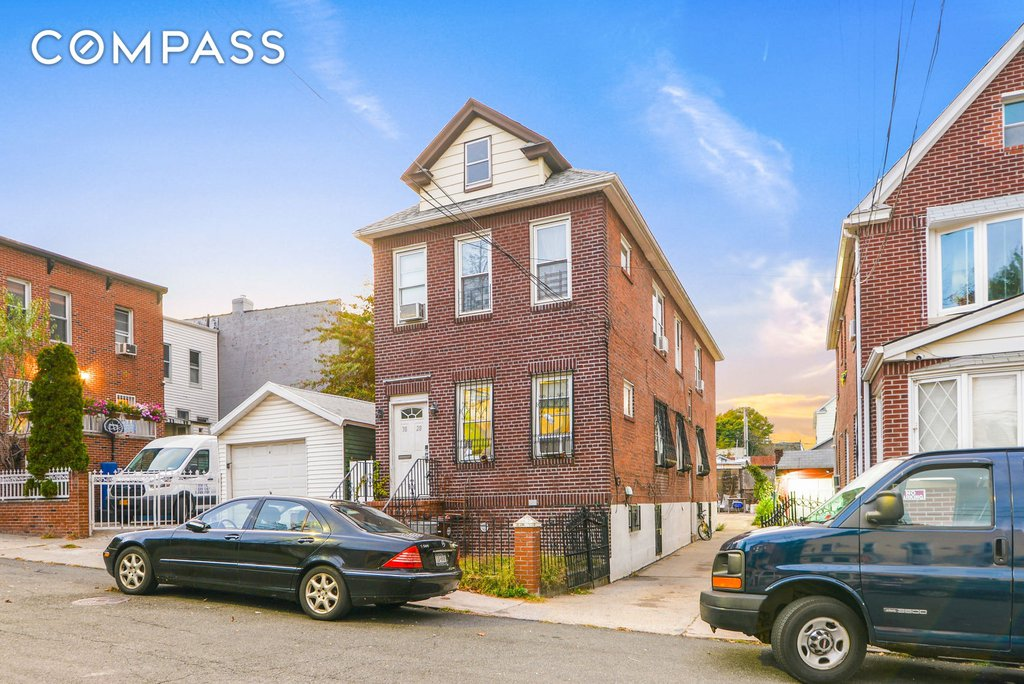 6 Townhouse in Woodside