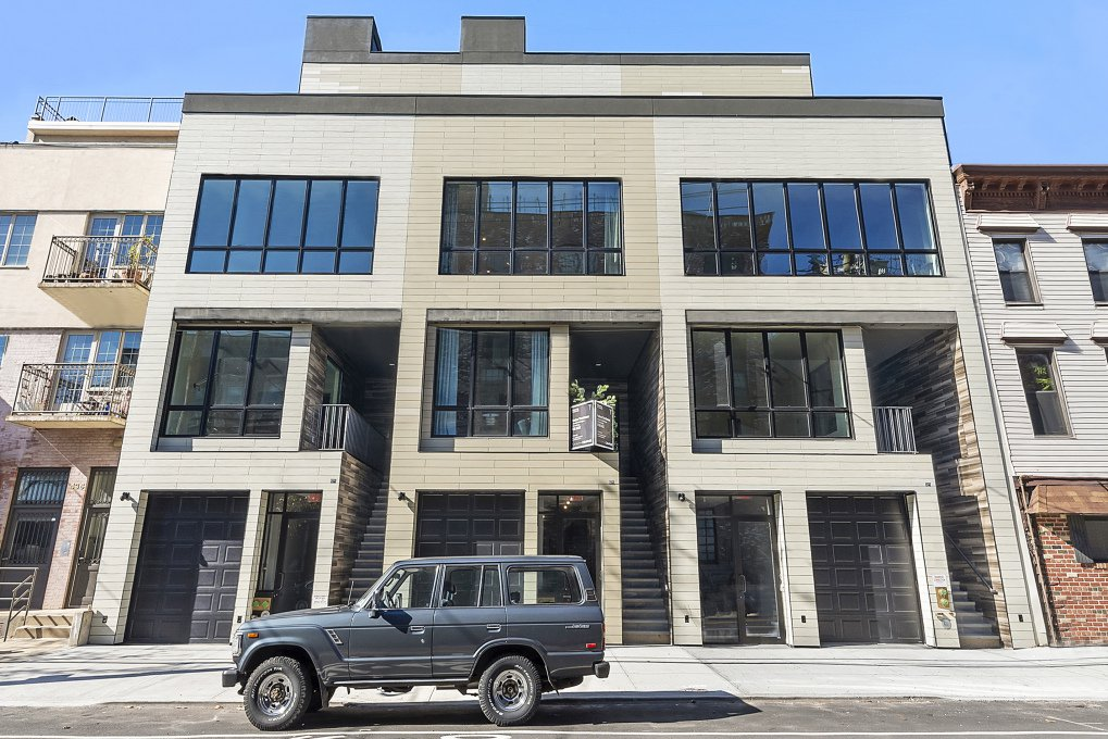 4 Townhouse in Red Hook