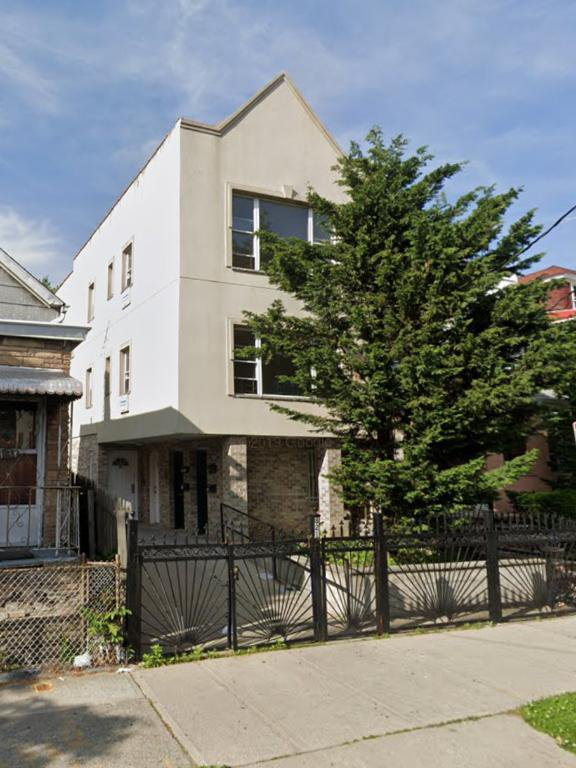 11 Townhouse in Stuyvesant
