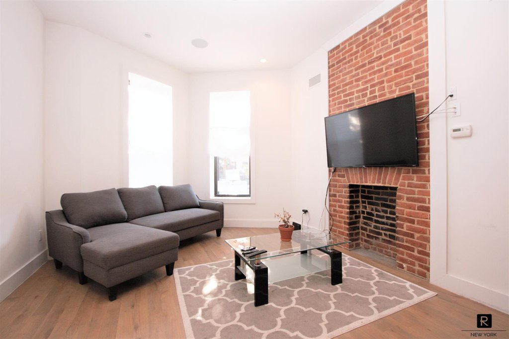 2 Townhouse in Prospect Heights