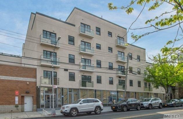 2 Apartment in Ridgewood