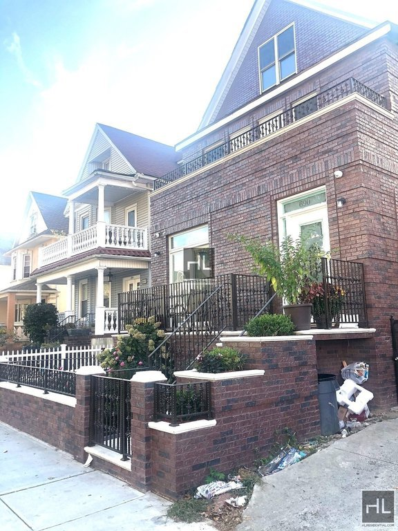 2 Townhouse in Kensington