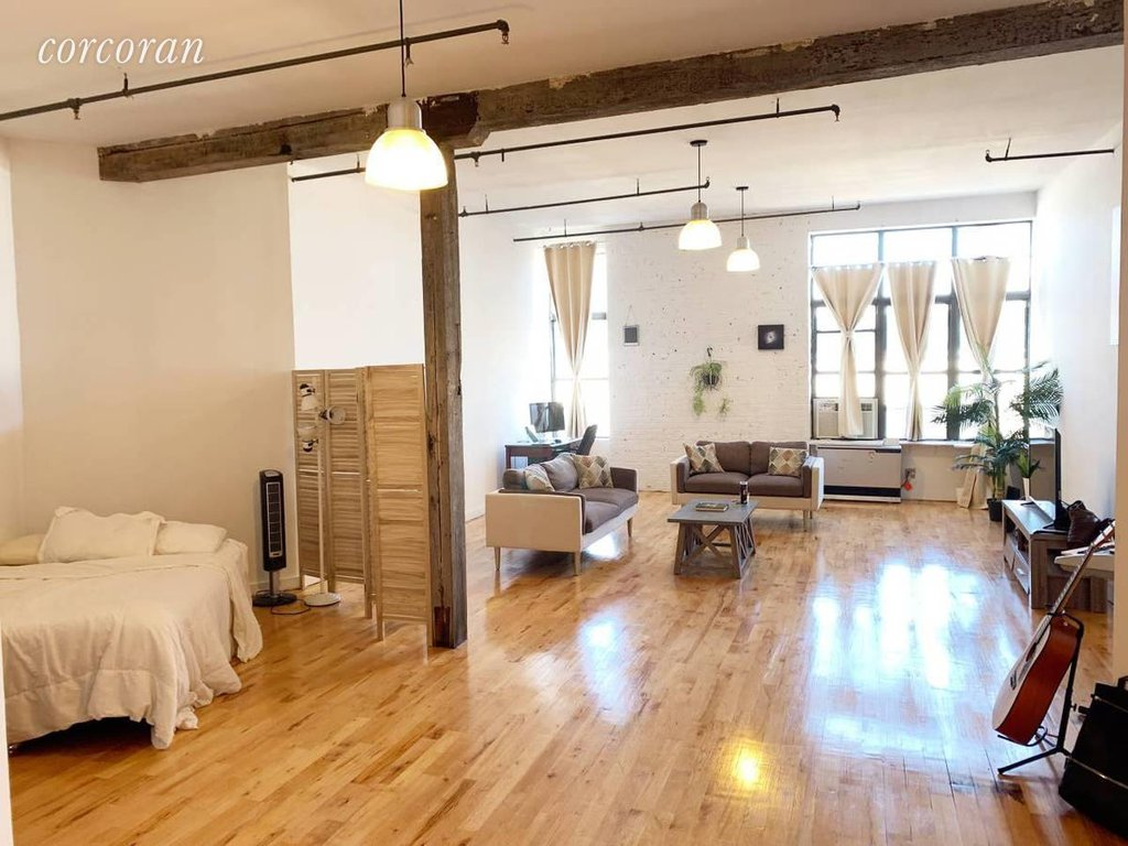 Studio Apartment in Bushwick