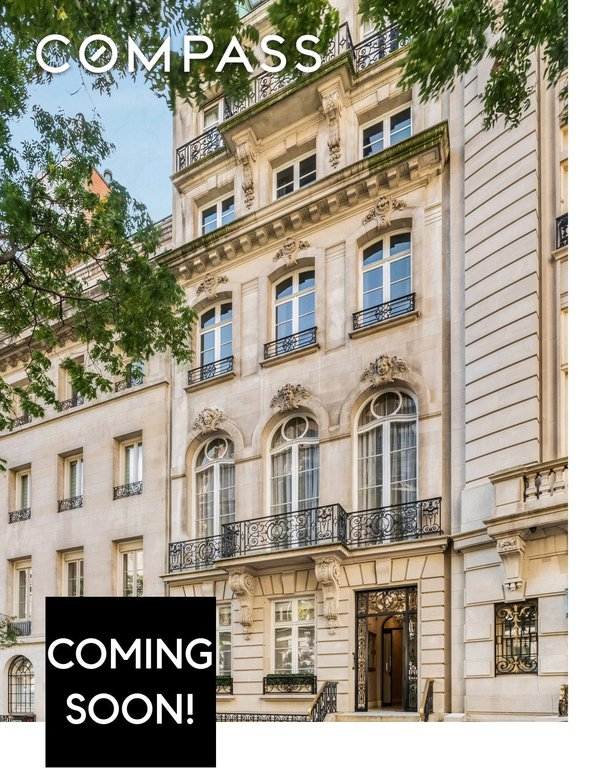9 Townhouse in Lenox Hill