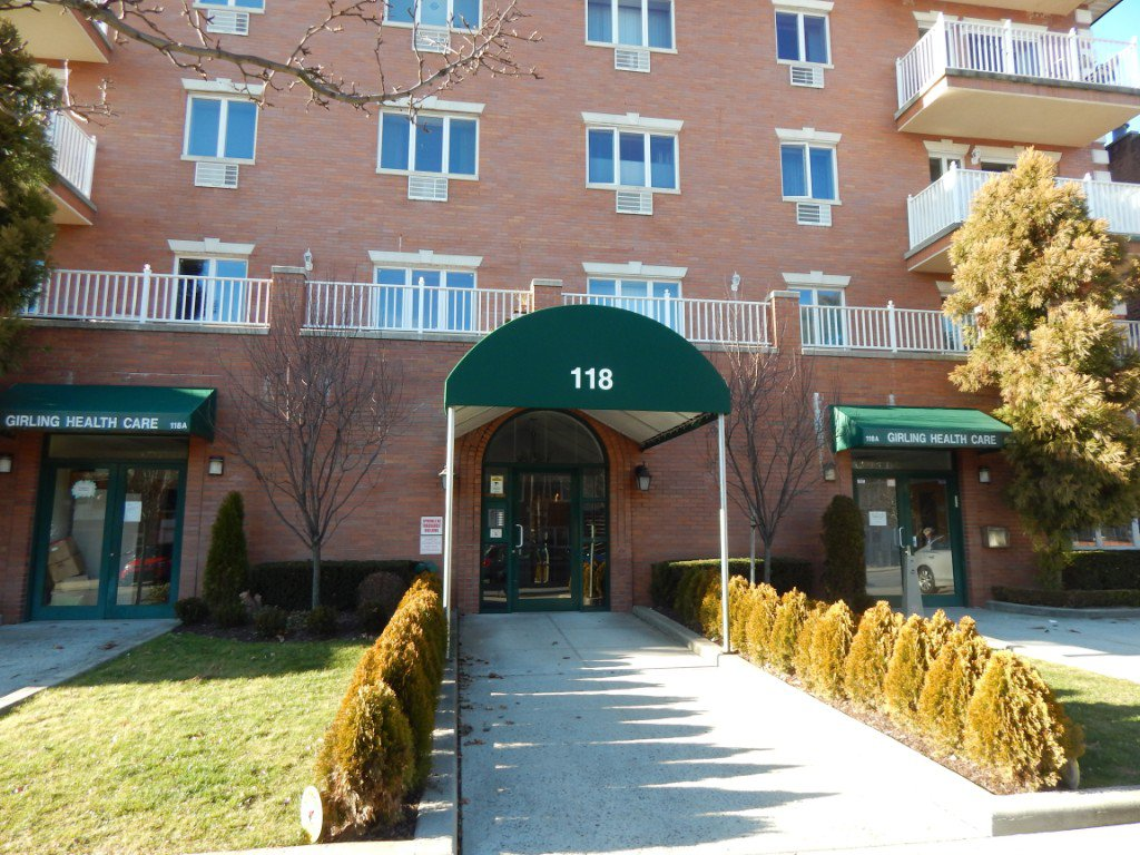 2 Condo in Dyker Heights