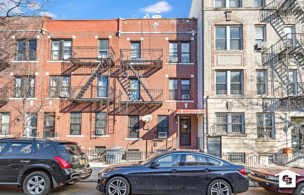 6 Townhouse in Sunset Park