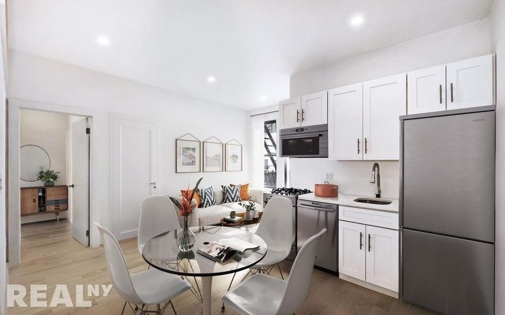 4 Apartment in Chinatown Little Italy