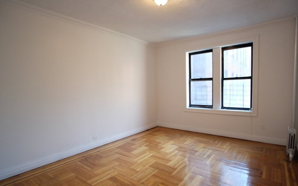 Studio Apartment in University Heights