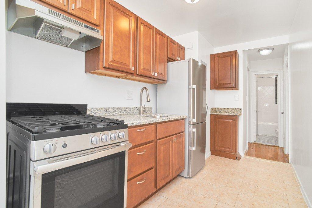 1 Apartment in North Corona