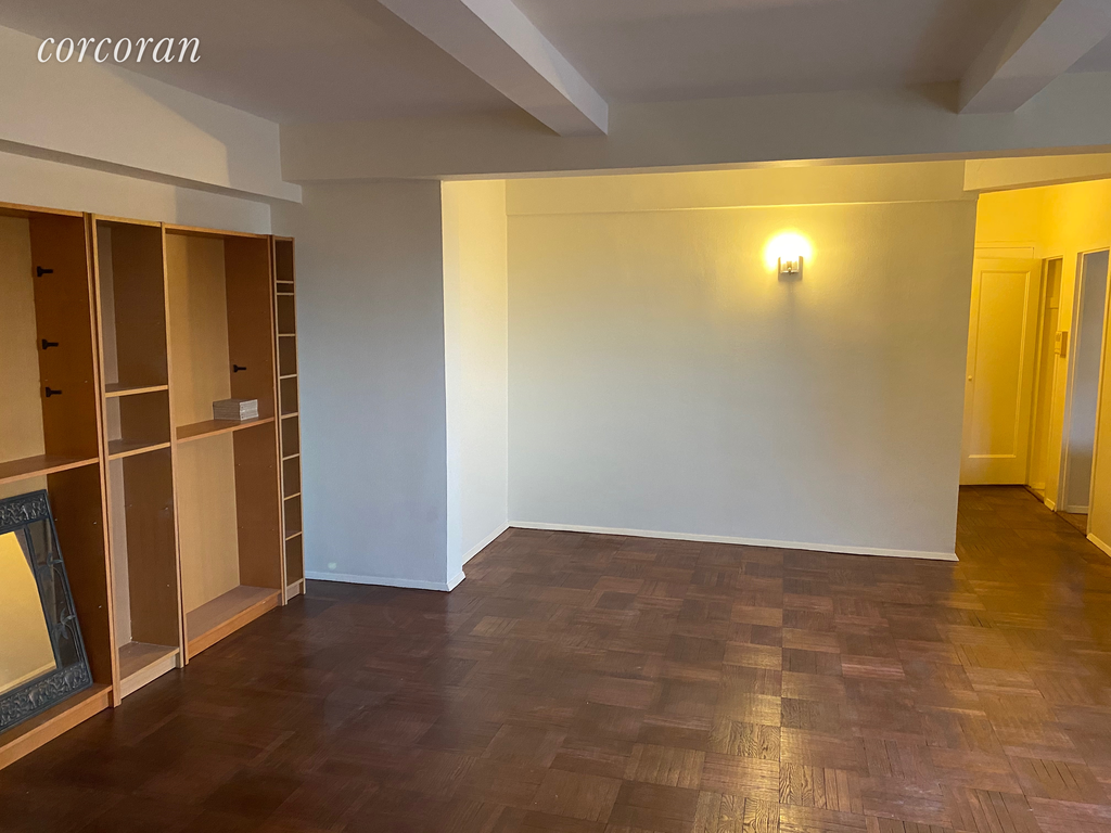 1 Apartment in Parkchester