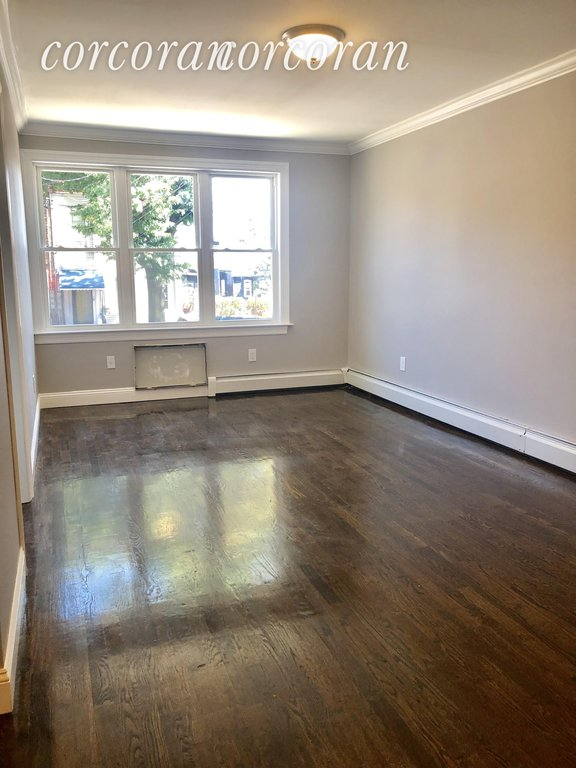 3 Apartment in Hunts Point