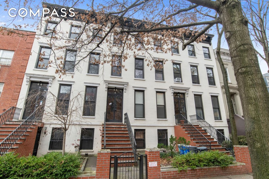 12 Townhouse in Prospect Lefferts Gardens