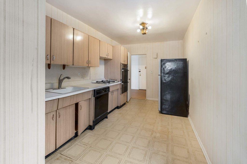 23 25 Bell Boulevard 6g Queens Ny 11360 Queens Coops Bayside 3 Bedroom Coop For Sale