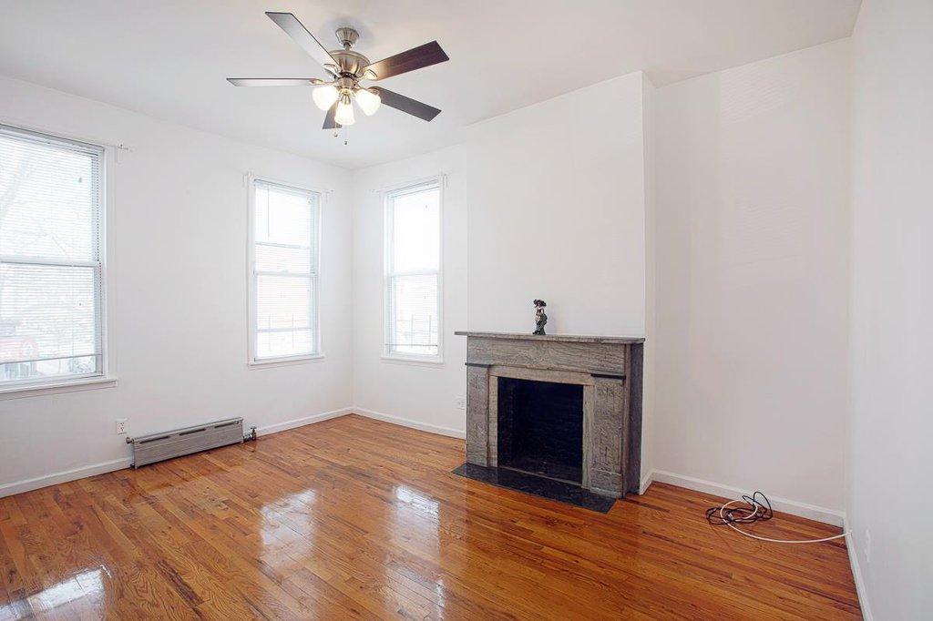 3 Apartment in Windsor Terrace