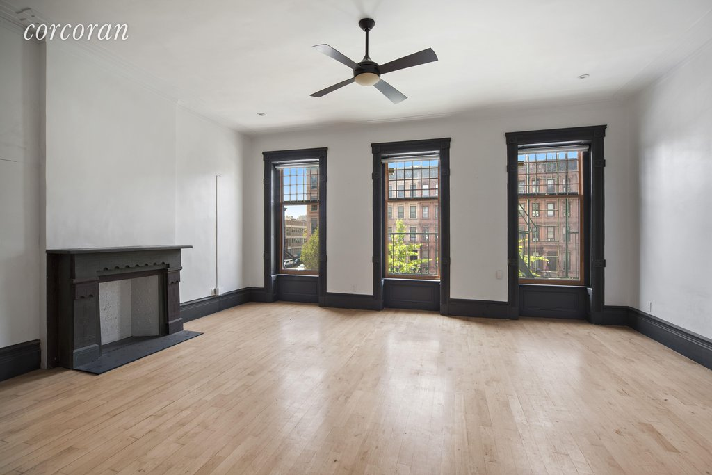 8 Townhouse in Central Harlem