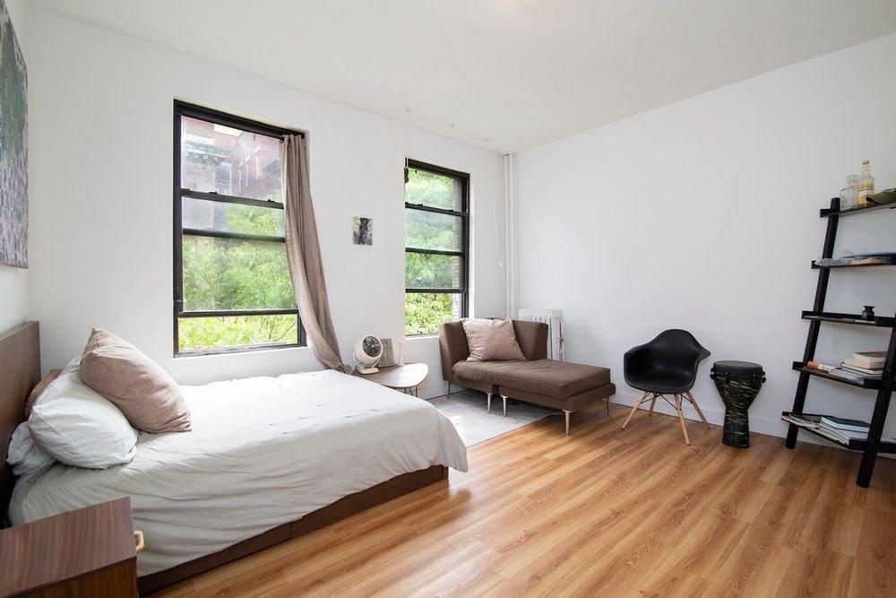 5 Apartment in Manhattan Valley