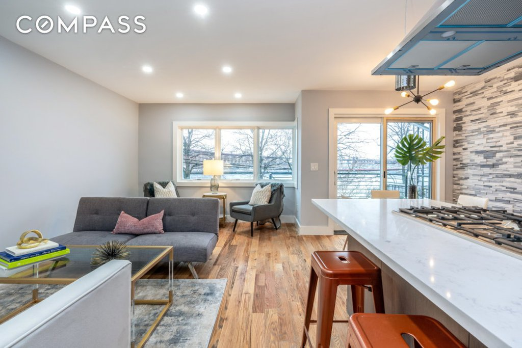 3 Townhouse in Astoria