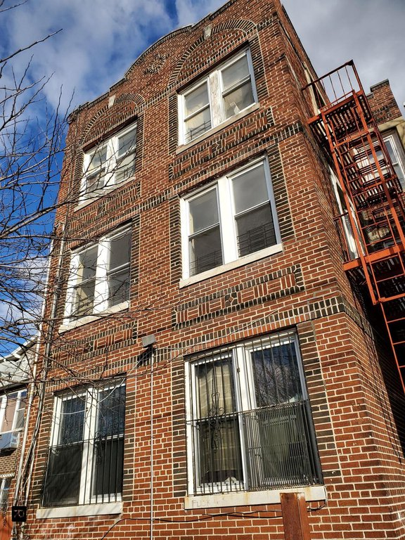 14 Townhouse in East New York