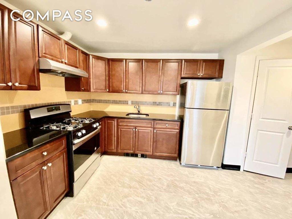 2 Apartment in Northeast Flatbush
