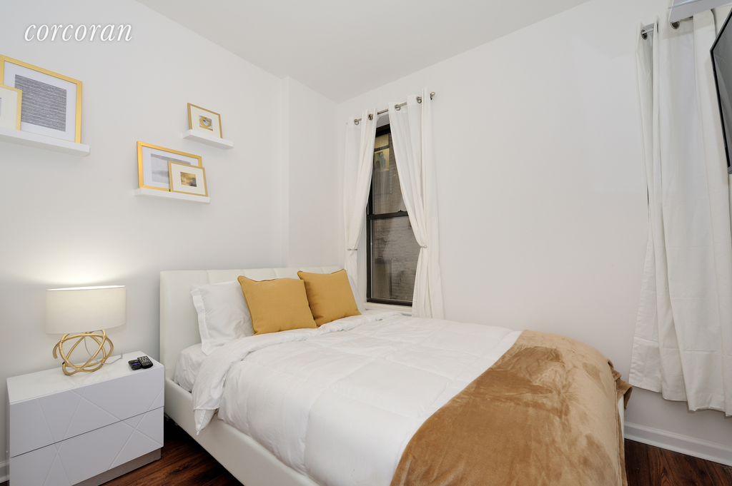 5 Apartment in Chinatown Little Italy